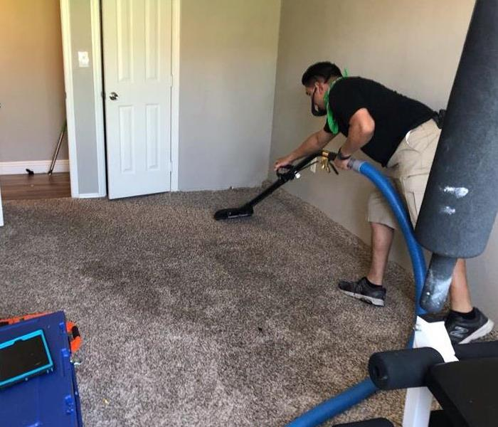 Extracting water from carpet